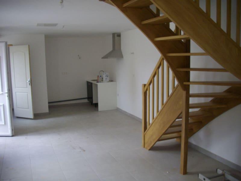 Rental house / villa Isbergues 552€ CC - Picture 2