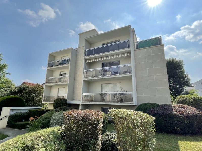 Sale apartment Le raincy 389000€ - Picture 1