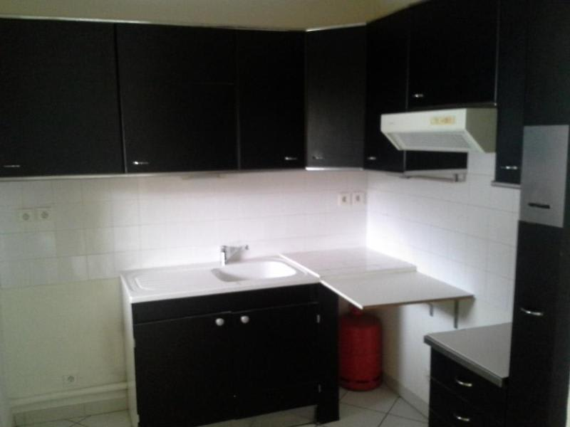 Location appartement Nantua 452€ CC - Photo 3