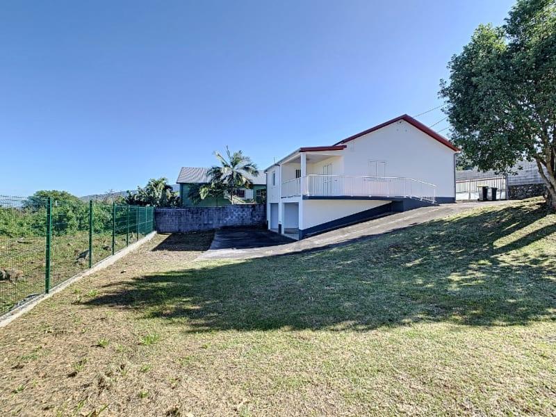 Rental house / villa Le tampon 977€ CC - Picture 1