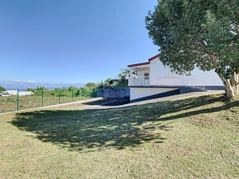 Rental house / villa Le tampon 977€ CC - Picture 2