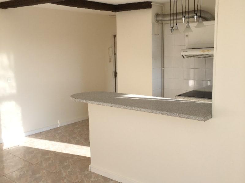 Location appartement Viry chatillon 863€ CC - Photo 3