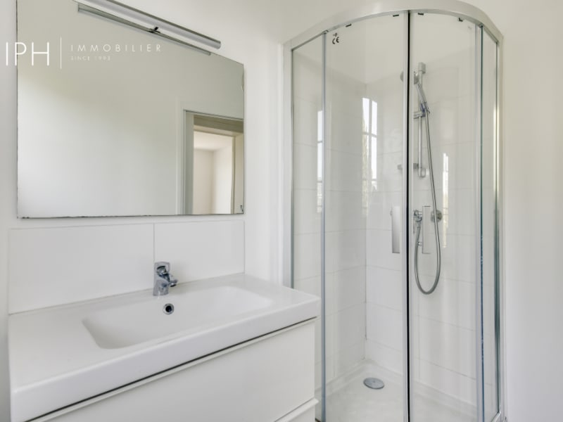 Rental apartment Neuilly sur seine 1890€ CC - Picture 7