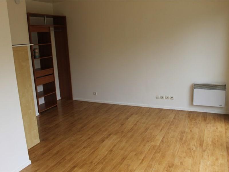Rental apartment Cergy le haut 616€ CC - Picture 3