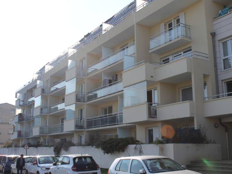 Rental apartment Cergy le haut 616€ CC - Picture 6