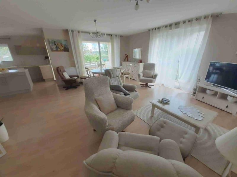 Sale house / villa Orgelet 285000€ - Picture 1