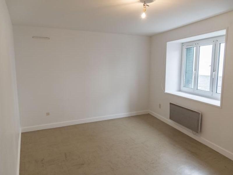 Rental apartment Nantua 369€ CC - Picture 1