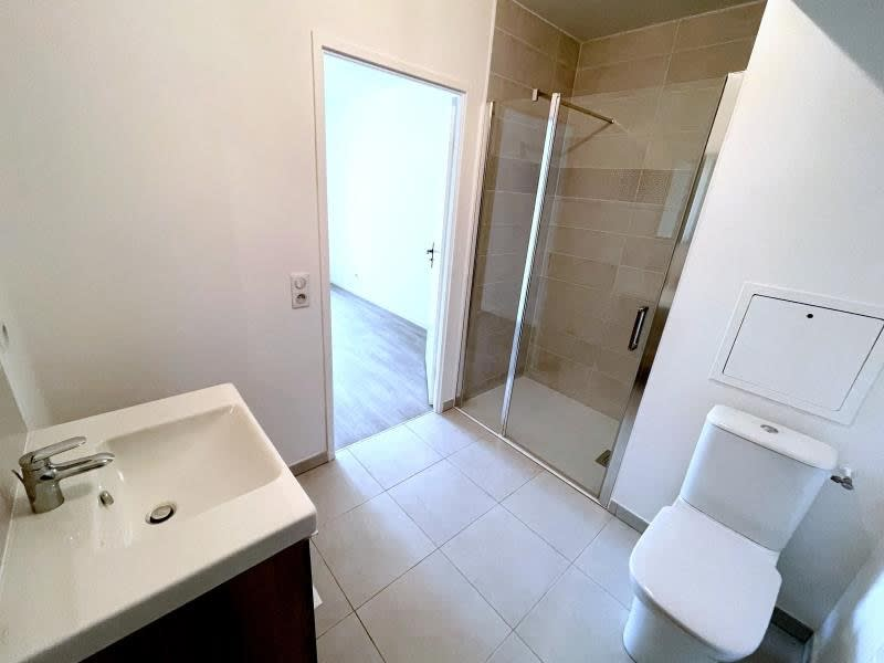 Rental apartment Le raincy 890€ CC - Picture 7