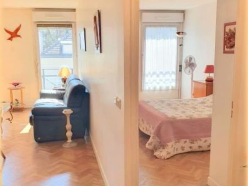 Sale apartment Le raincy 298000€ - Picture 6