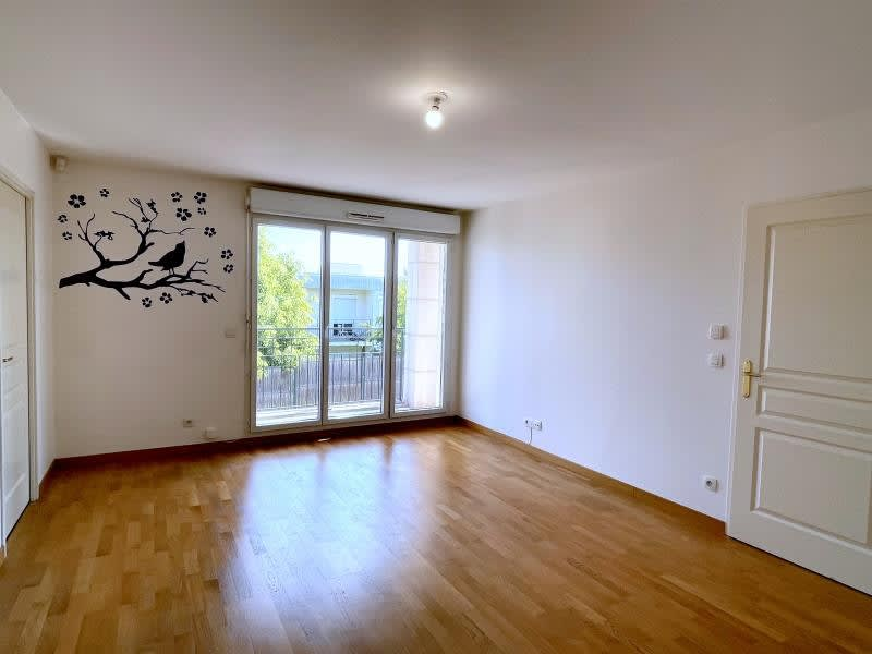 Location appartement Livry gargan 800€ CC - Photo 2