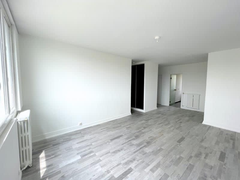 Location appartement Le raincy 990€ CC - Photo 3