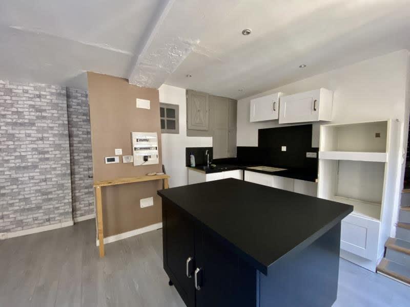 Sale apartment Tourves 140000€ - Picture 2