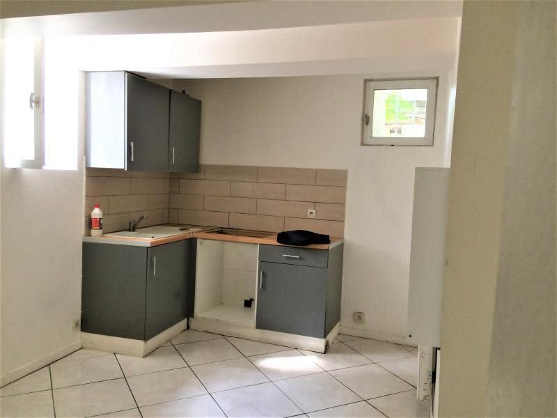 Sale apartment Brignoles 48000€ - Picture 1