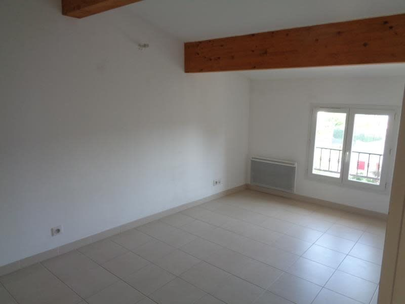 Sale apartment Pourcieux 240000€ - Picture 4