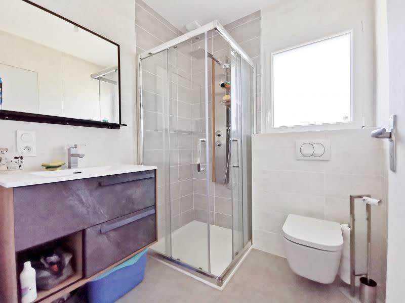 Sale house / villa Cluses 450000€ - Picture 7