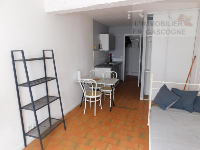 Rental apartment Auch 330€ CC - Picture 3