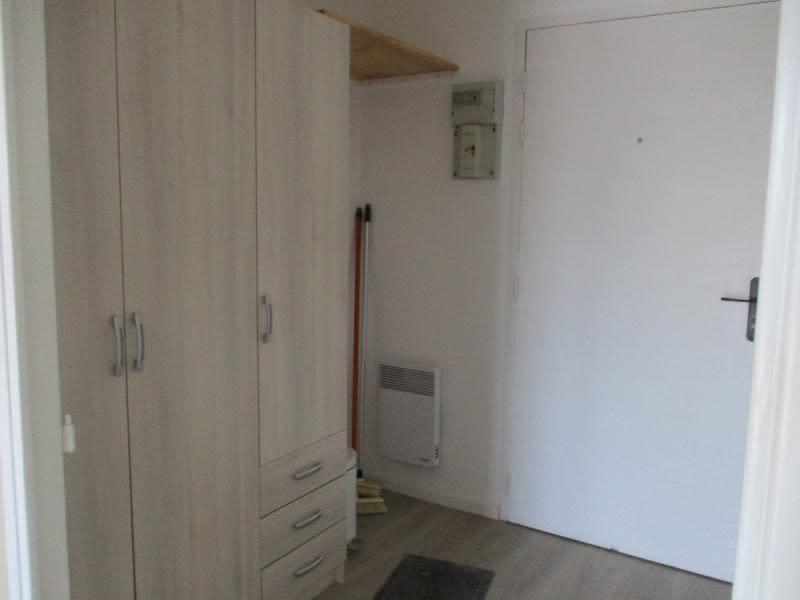Rental apartment St nazaire 320€ CC - Picture 4