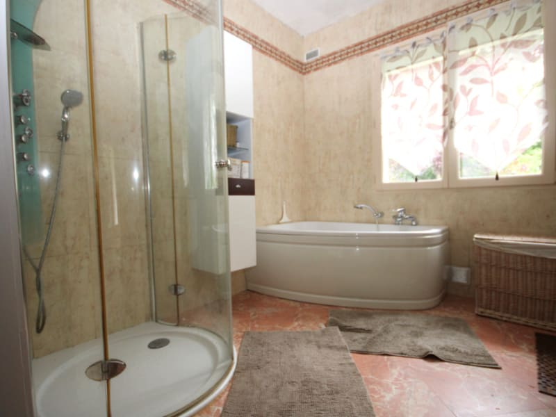 Sale house / villa Lamorlaye 780000€ - Picture 8