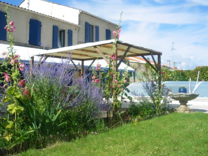 Sale house / villa Rochefort 493500€ - Picture 4