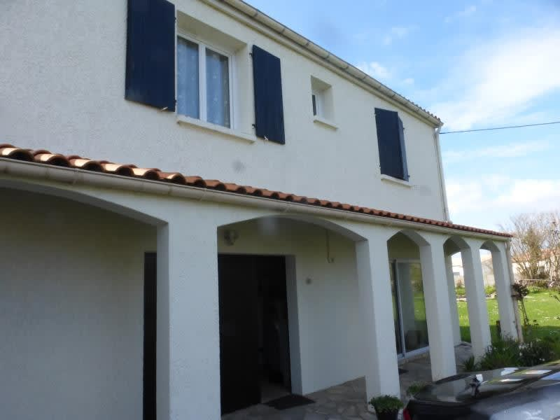 Deluxe sale house / villa Cabariot 364000€ - Picture 2