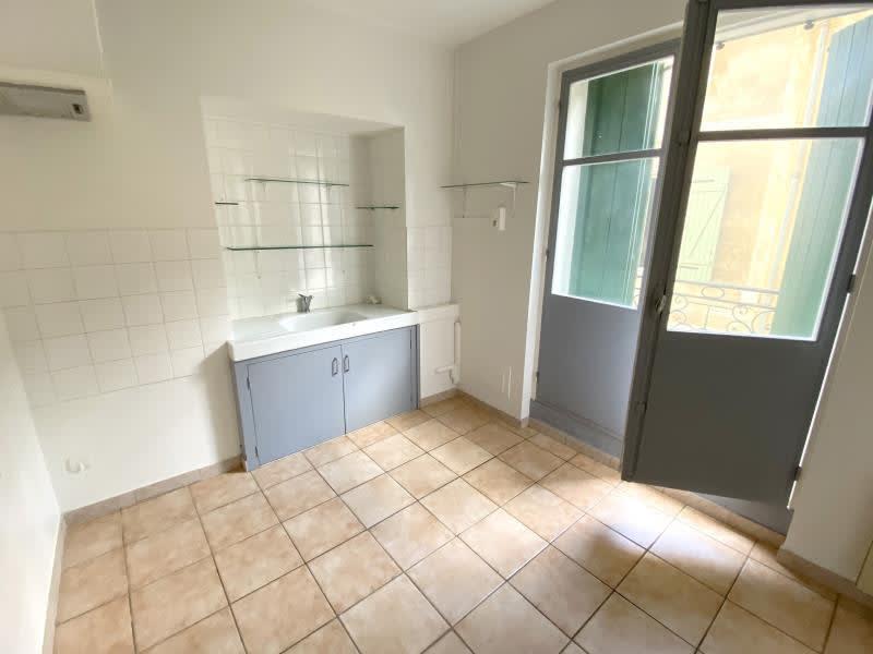 Rental apartment Orgon 610€ CC - Picture 3