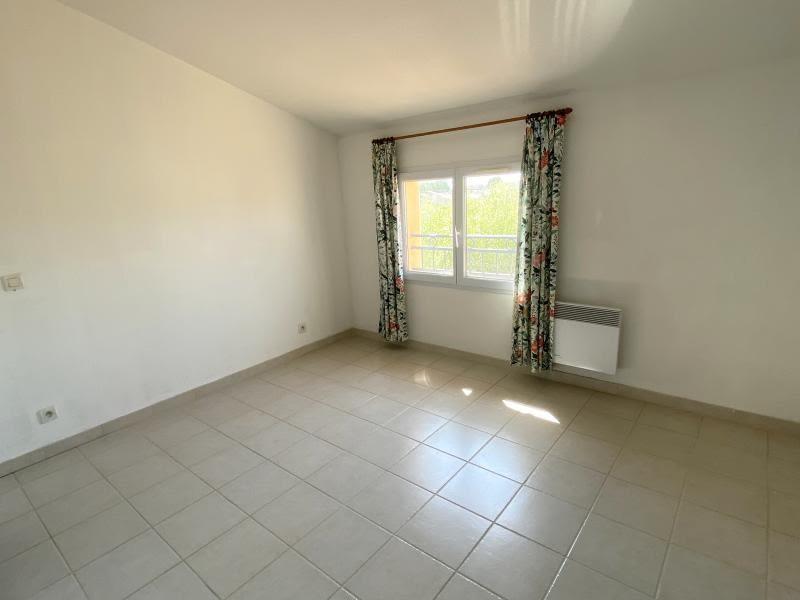 Sale apartment Eyguieres 229900€ - Picture 5