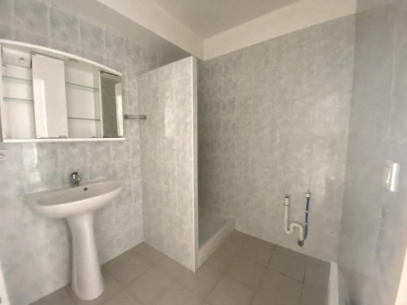 Sale apartment Eyguieres 229900€ - Picture 7