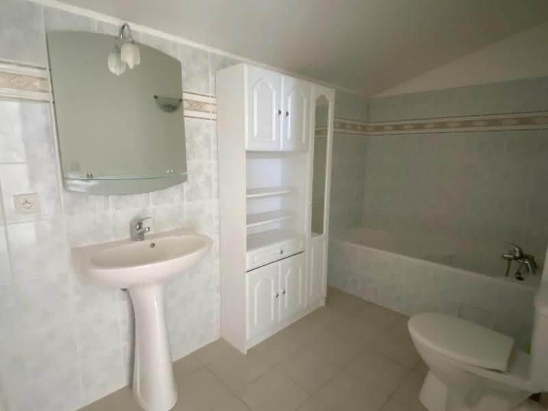 Sale apartment Eyguieres 229900€ - Picture 8