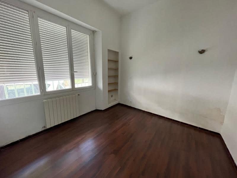 Rental apartment Salon de provence 590€ CC - Picture 3