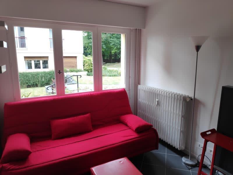Rental apartment Saint germain en laye 623€ CC - Picture 1