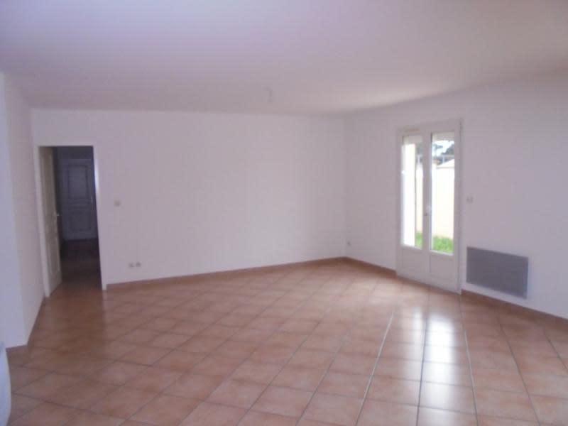 Location maison / villa Garons 990€ CC - Photo 5