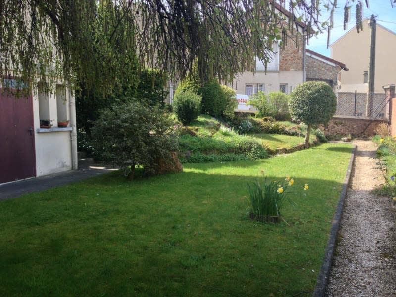 Rental apartment Villebon sur yvette 587€ CC - Picture 1