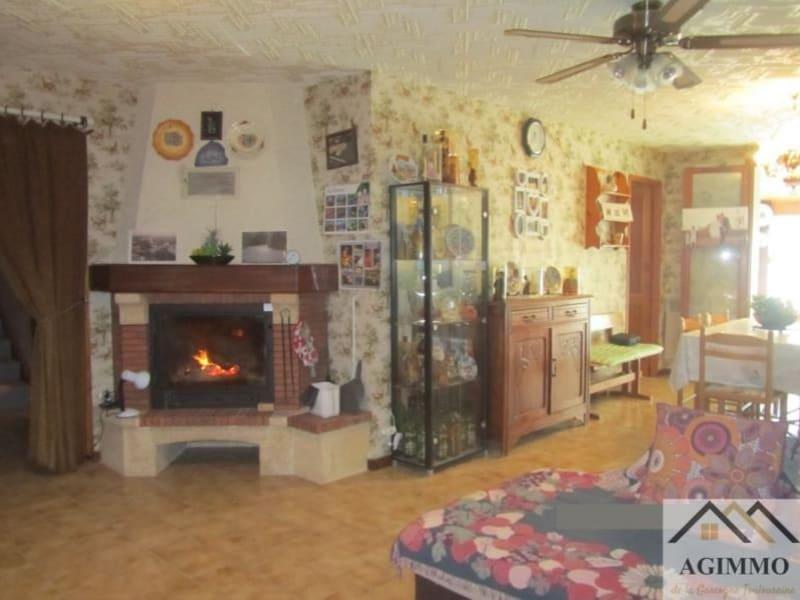 Sale house / villa L isle jourdain 260000€ - Picture 5