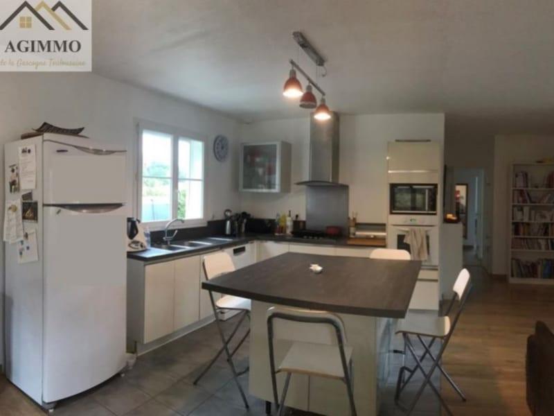 Sale house / villa L isle jourdain 285000€ - Picture 2
