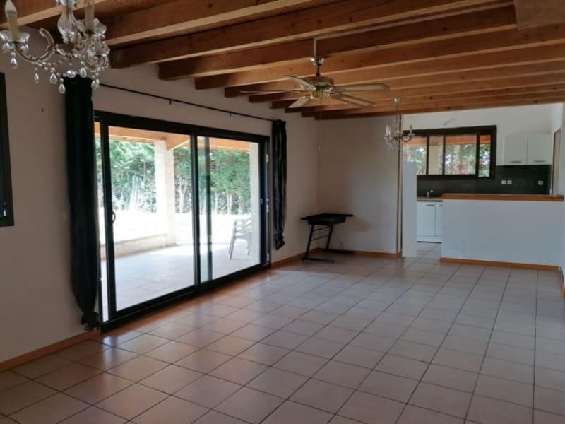 Sale house / villa L isle jourdain 305000€ - Picture 1