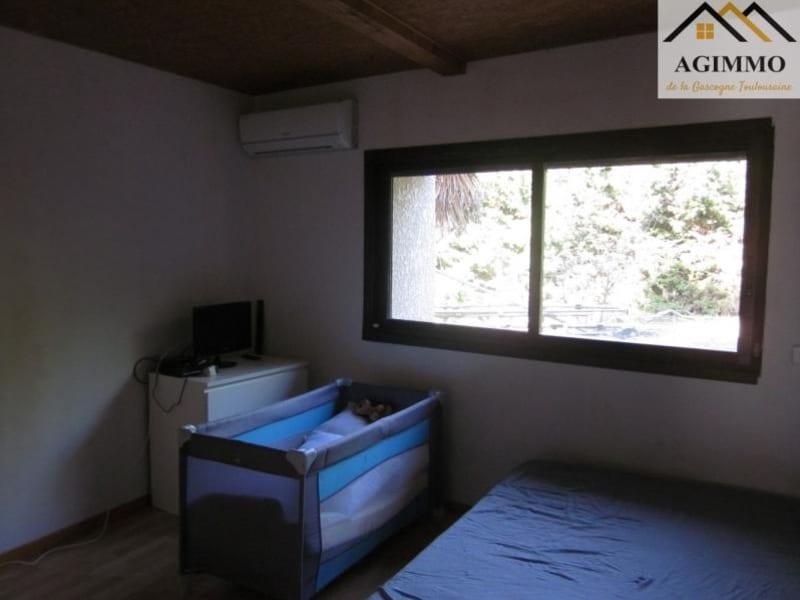 Sale house / villa L isle jourdain 305000€ - Picture 5