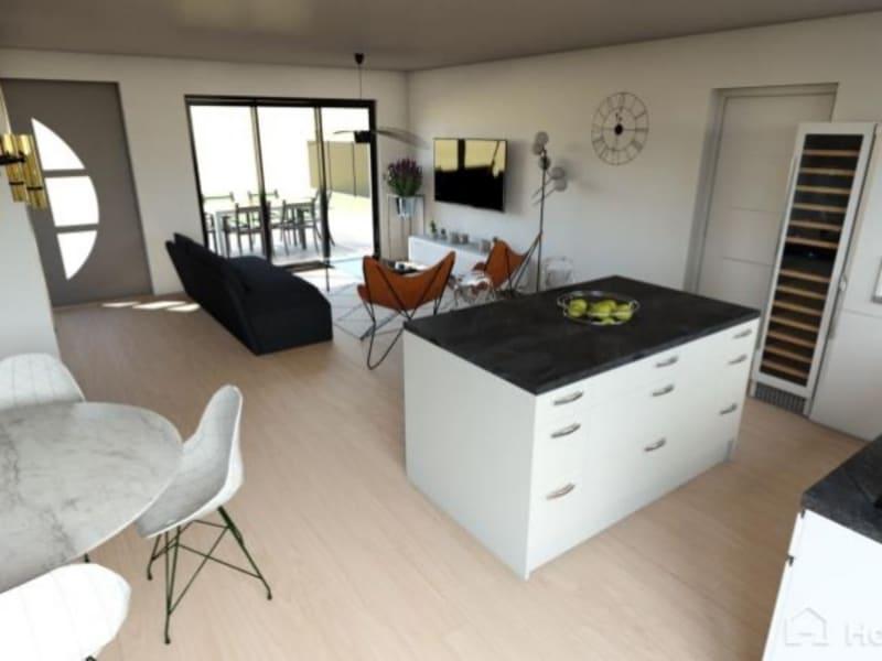 Sale house / villa L isle jourdain 279000€ - Picture 2