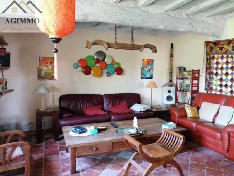Sale house / villa L isle jourdain 292000€ - Picture 5