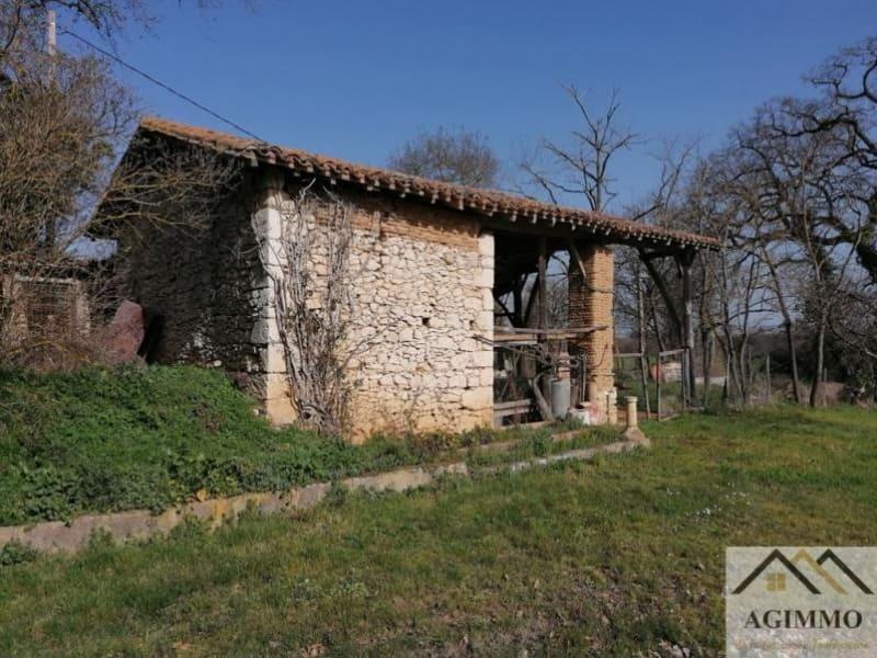 Sale house / villa L isle jourdain 165000€ - Picture 2
