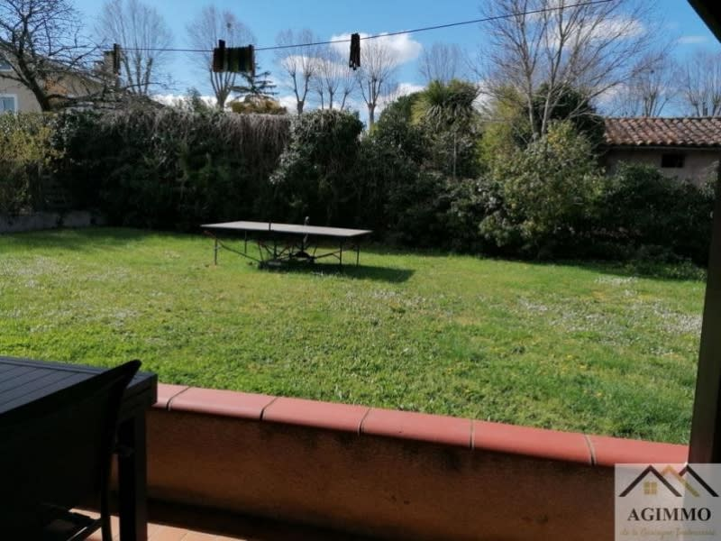 Rental house / villa L isle jourdain 995€ CC - Picture 9