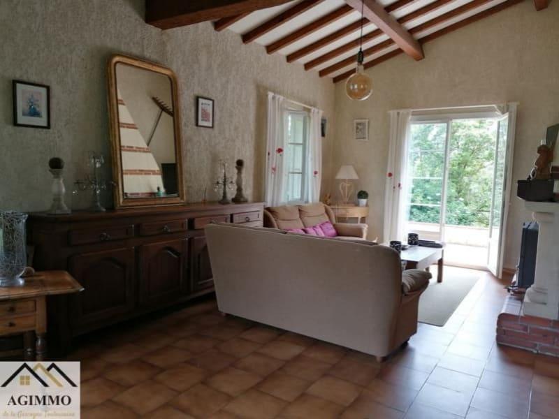 Sale house / villa L isle jourdain 332800€ - Picture 5