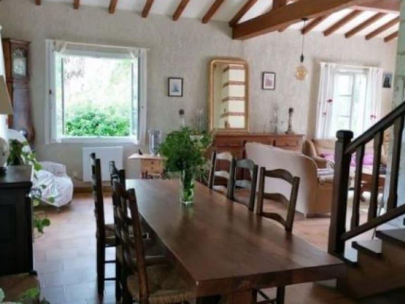 Sale house / villa L isle jourdain 332800€ - Picture 8