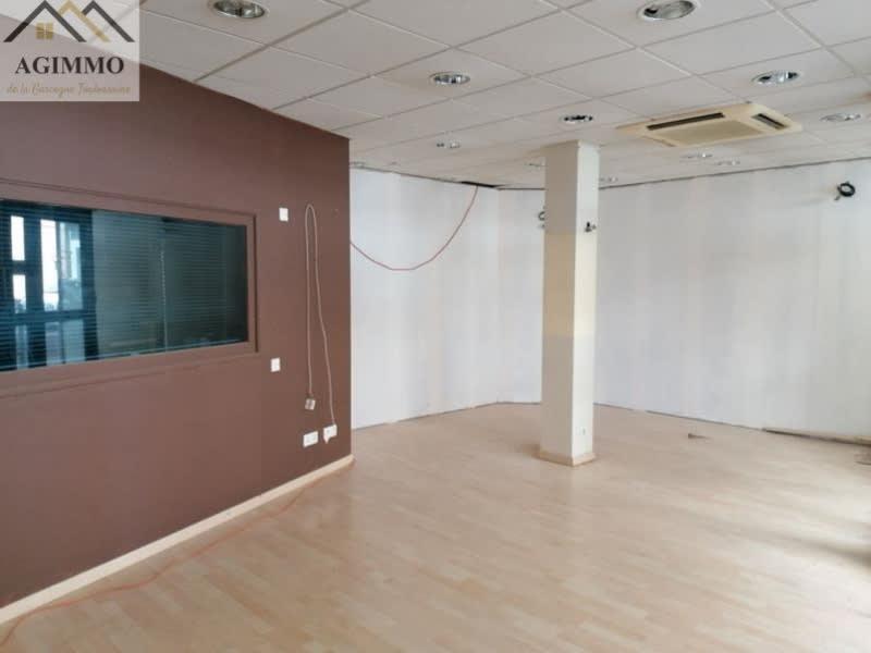 Sale empty room/storage L isle jourdain 87000€ - Picture 1
