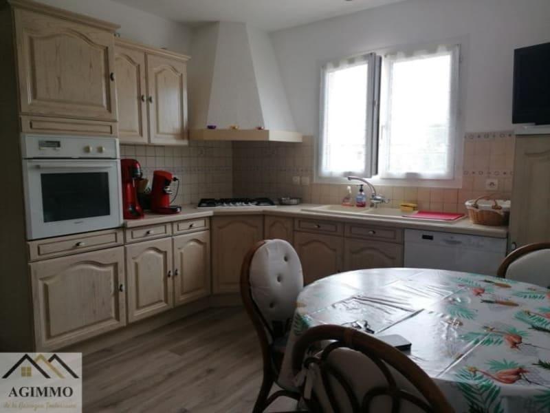 Sale house / villa L isle jourdain 318000€ - Picture 2