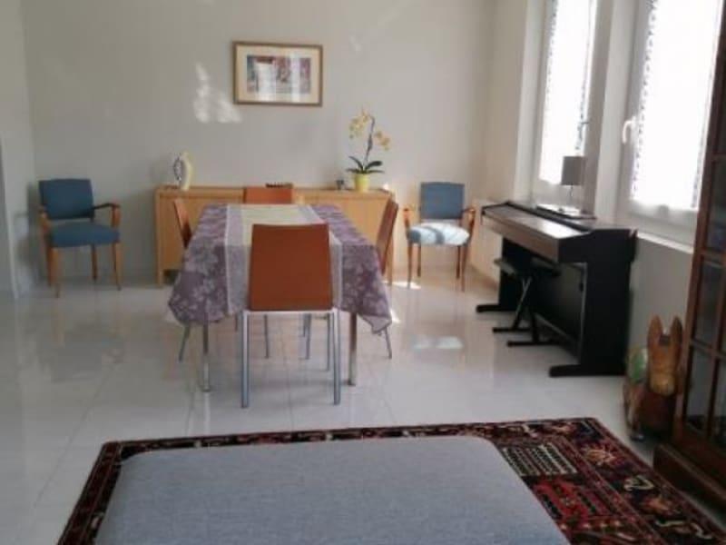 Sale house / villa L isle jourdain 250000€ - Picture 3