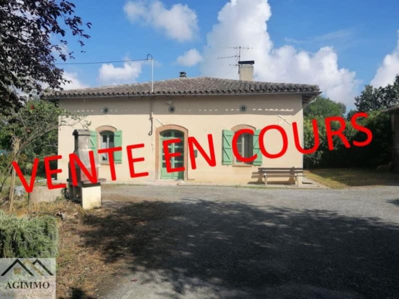 Sale house / villa L isle jourdain 250000€ - Picture 1