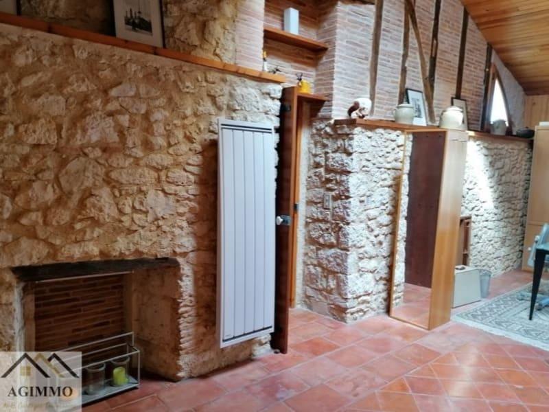 Sale house / villa L isle jourdain 376000€ - Picture 2