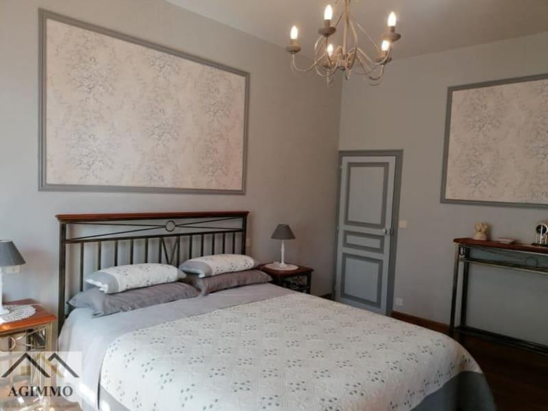 Sale house / villa L isle jourdain 376000€ - Picture 4