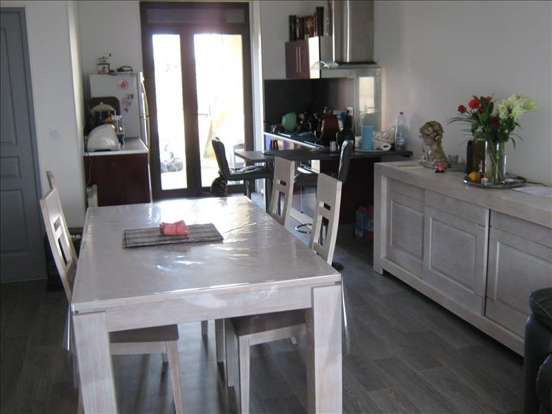 Rental house / villa Mas grenier 624,59€ CC - Picture 1