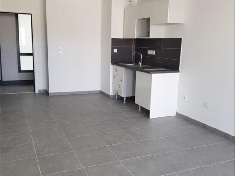 Rental apartment Toulouse 604,42€ CC - Picture 2